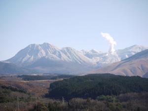2-九重連山の雪景色