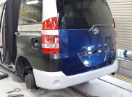 トヨタ ノア リサイクルパーツ(リアゲート・リアバンパー)修理事例