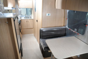 AIRSTREAM-FlyingCloud20ft-main