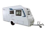 【キャンピングトレーラー】常設ダブルベッドを採用し装備も充実のけん引免許不要モデル