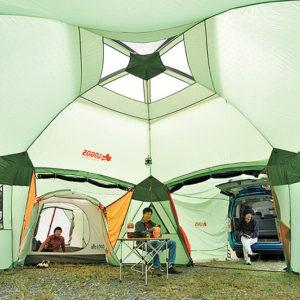 """超巨大テント、""""デカゴン""""を使って、広々キャンプサイトを満喫♡"""